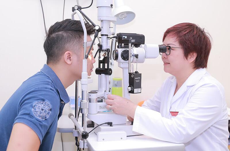 <em>Hệ thống máy móc hiện đại được trang bị tại khoa mắt Phương Nam</em>